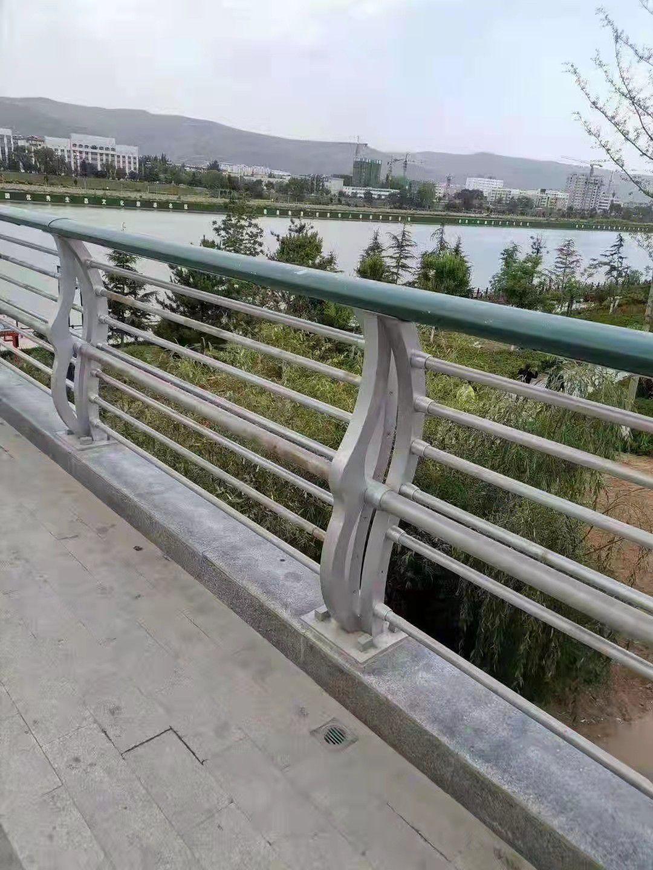 鄂州天桥复合管护栏