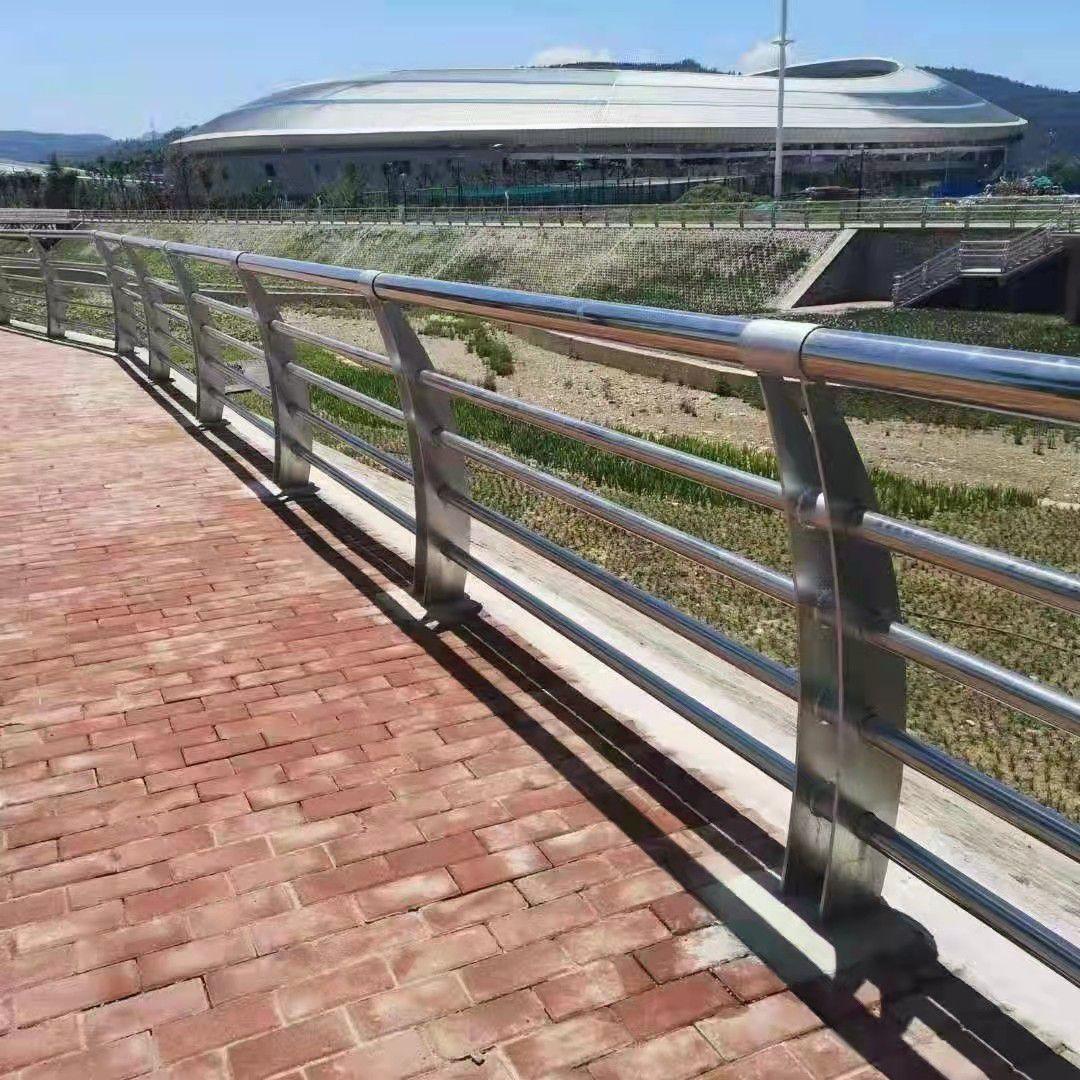 鄂州天桥不锈钢护栏